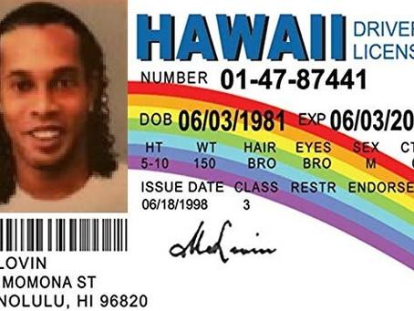 Detienen a Ronaldinho con pasaporte falso en Paraguay