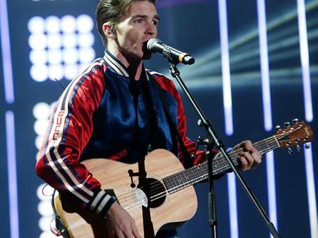 """Drake Bell conquista México cantando """"Cielito Lindo"""""""