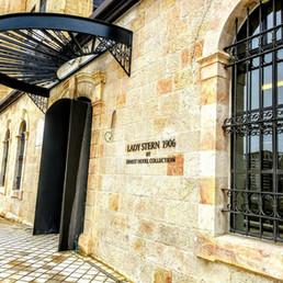 Lady Stern Jerusalem2.jpg