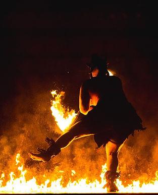 bonfire-1209269_1920.jpg