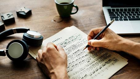 音楽療法士による目的毎の作曲/編曲
