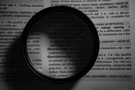 Glossário de redes sociais / D-F