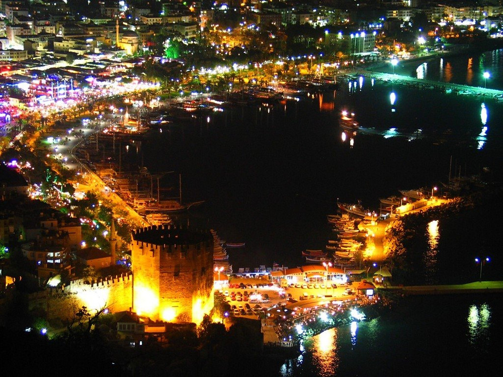 Wonderful marina of Alanya. Another source of inspiration of our gourd craft