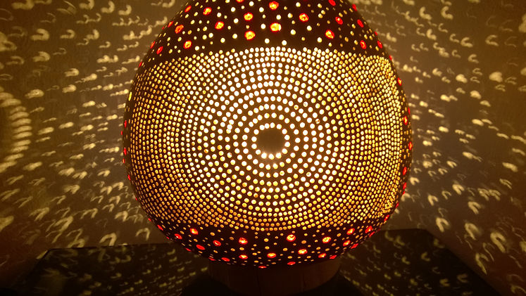 A Transition Hadmade Gourd Lamp
