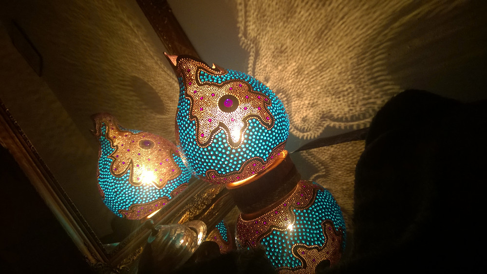 Just place any of the gourd lamps in front of a mirror and you will see impressive effects no matter which design