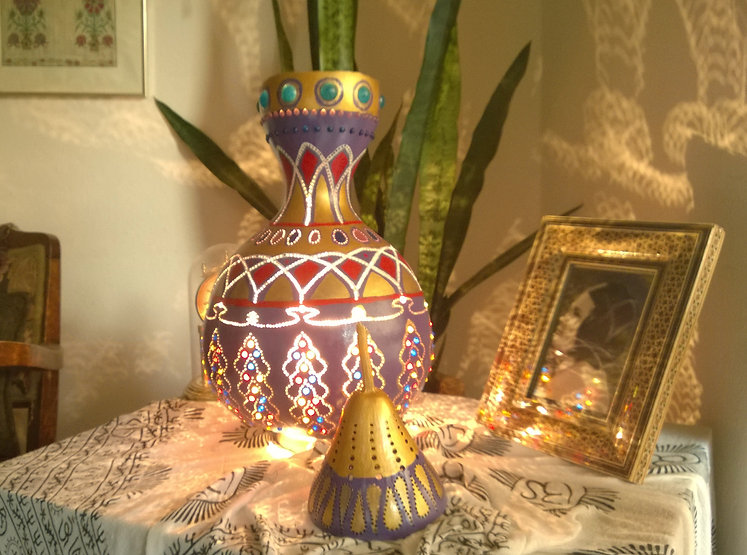 Replica of Iconic Genie Lamp in the form of Gourd Lamp