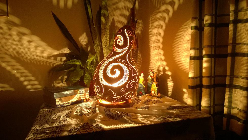 Handmade Gourd Lamp, Gourd Art, Gourd lights