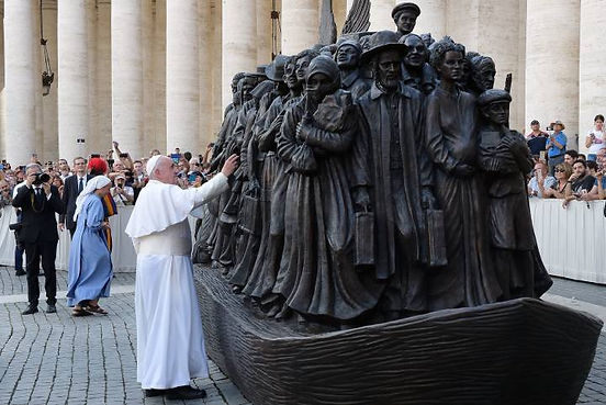 pope francis with Angeles Unawares.jpg