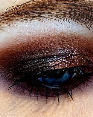Tagesmakeup Abendmakeup Schminken lassen Augen Makeup Schweiz Zürich Visagist Makeupartist