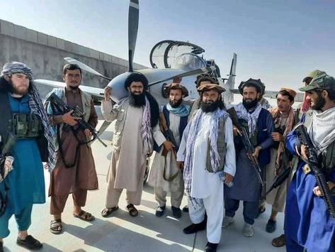 Super Tucano y una flota de modernos aviones y helicópteros en manos de los talibanes. ¿Y ahora?