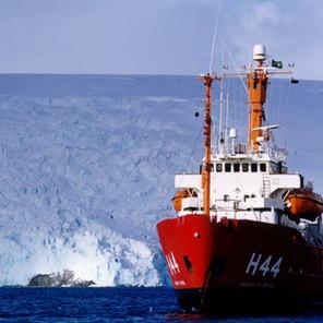 Brasil anuncia la compra de un nuevo barco de apoyo antártico - tour virtual