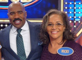 See who Cass Tech english teacher inducts into the Booty Hall of Fame on Family Feud