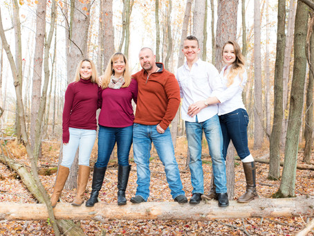 A FAMILY VENTUROUS SESSION AT MOUNTAIN TOP , PENNSYLVANIA
