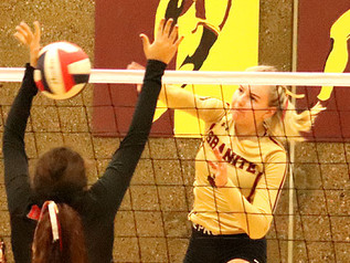 Lady Prospectors tame Tigers with sweep in tournament opener