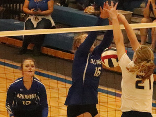 Drummond blanks Lady Wardens in volleyball opener