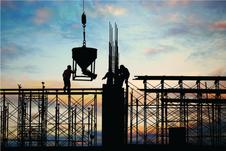 Construção civil dribla pandemia com liderança nas contratações e aumento das vendas