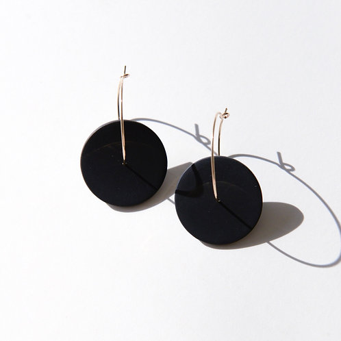 Double circle minimalistic earrings with black porcelain piece