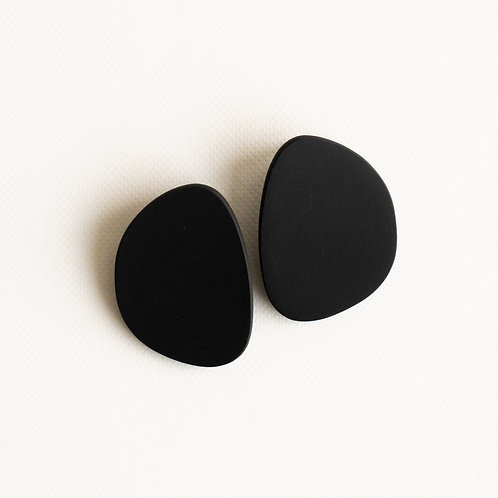 Topo stud earrings large black porcelain, brass gold filled