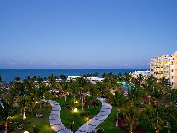cancun-luxury-resorts.jpg