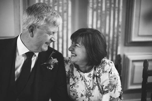 Candid_Mother_Father_Wedding