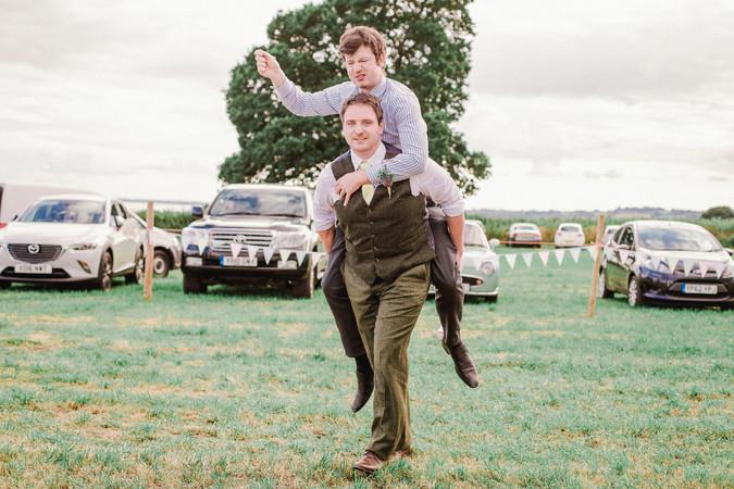 Guests_Wedding_Fun