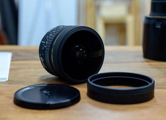 עדשת סיגמה למצלמות קנון SIGMA 8mm F3.5 EX DG