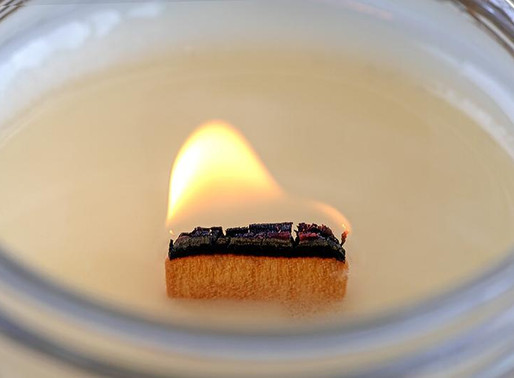 Wooden Wick Candle Crackle..