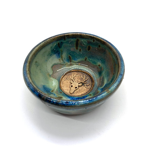 Wyn Abbot Ceramics   Stag Dish