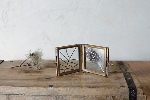 Nkuku Tiny Folded Danta Frame - Antique Brass