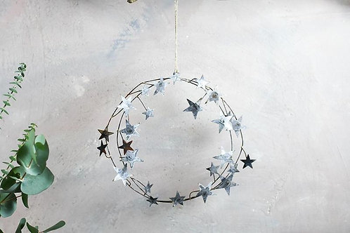 Nkuku Abari Wreath