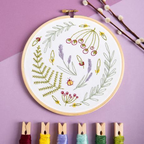 Embroidery Kit | Wildwood