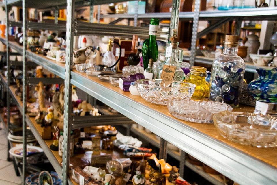 oggetti vintage mercatino dell'usato da