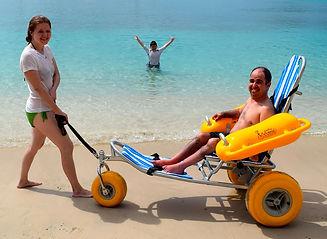 floating-beach-wheelchair-waterwheels-03