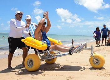 floating-beach-wheelchair-waterwheels-02