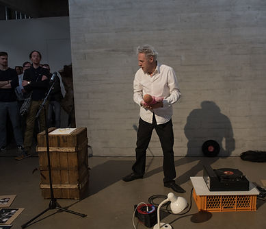 Wolfgang Sautermeister Performance.jpg