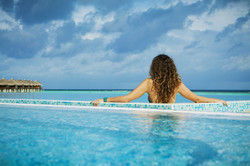 girl-pool-resort-sea-wallpaper.jpg