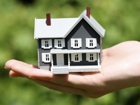 Преимущества авторизации договора о переводе прав на недвижимость адвокатом