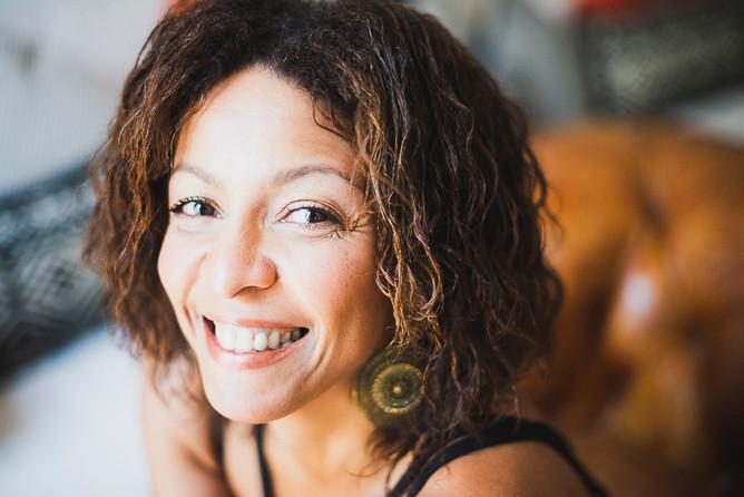 Nina Papa Rodrigues, chanteuse
