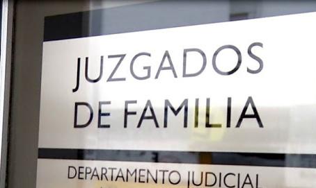 La Plata | Un juez autorizó a dos niños a suprimir el apellido de su padre abusador