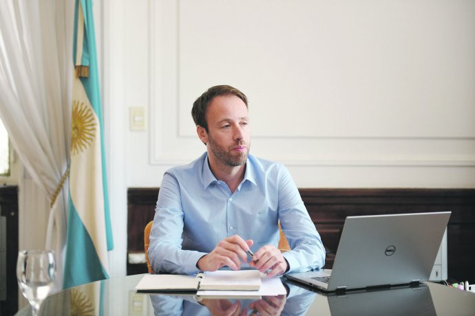 Ministro de Hacienda y Finanzas Pablo López.