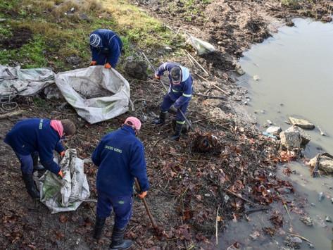 Chascomús | Realizan operativo de limpieza en la Costanera