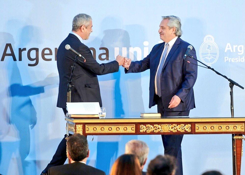Jorge Ferraresi en la asunción del cargo de Ministro de Desarrollo Territorial y Hábitat de la Nación.