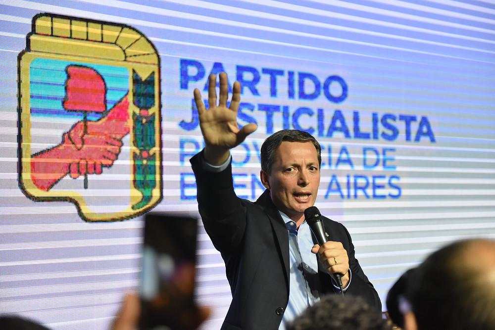 Fernando Gray, actual Presidente del Partido Justicialista, rechazó la validez del Congreso del PJ y exige, casi en soledad, que se respete su mandato.