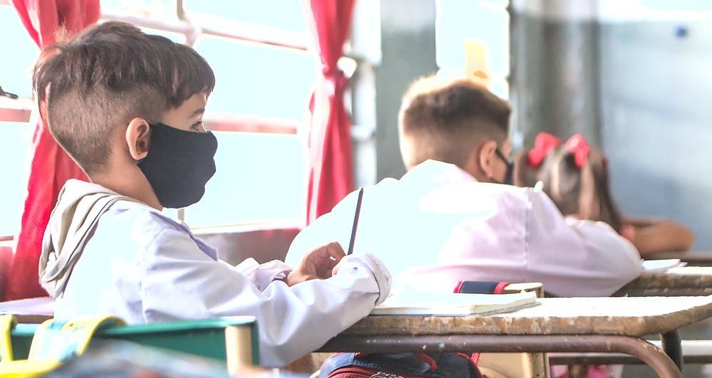 El Gobierno bonaerense recibió a los gremios docentes para analizar el impacto de la segunda ola de contagios en las aulas.