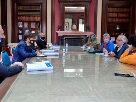 La Comisión Provincial por la Memoria se reunió con el Gobernador Axel Kicillof
