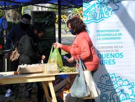El Mercado de Productores familiares llega a 10 nuevos municipios bonaerenses