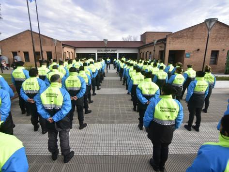 Capacitan en prevención del delito a unos 100 agentes de la Guardia Urbana de La Plata
