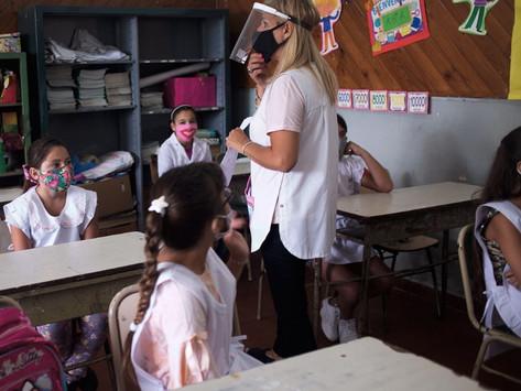 Crean programa de intensificación de enseñanza de alumnos de primaria y secundaria