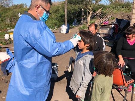 Más de 2 mil voluntarios de la UNLP participan en operativos de asistencia en barrios platenses