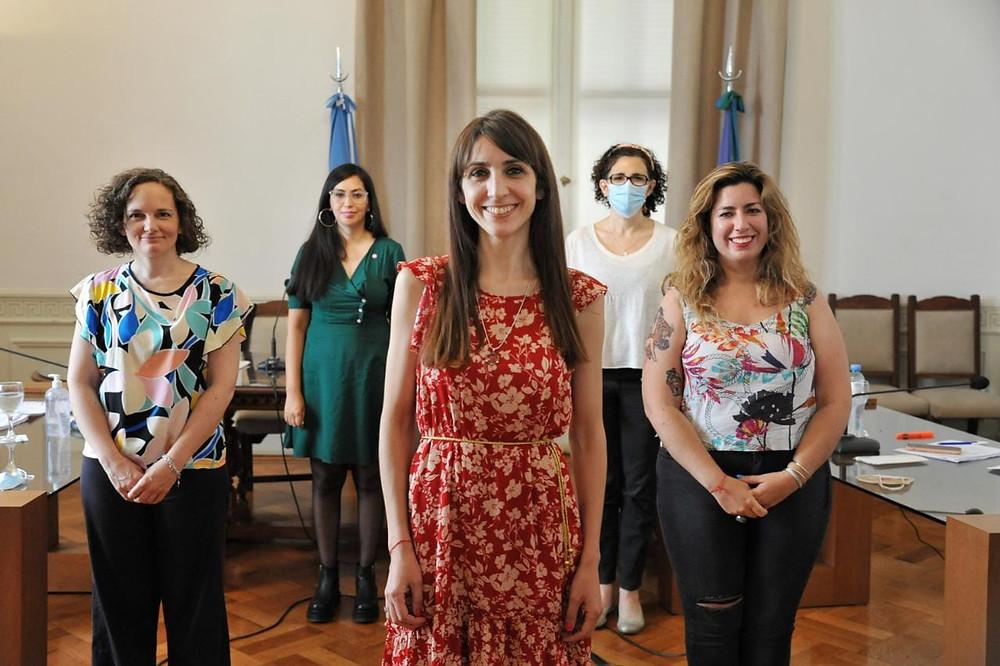 Diputada Mariana Larroque, Sabrina Balaña, Lucía Portos y Norma Morello.
